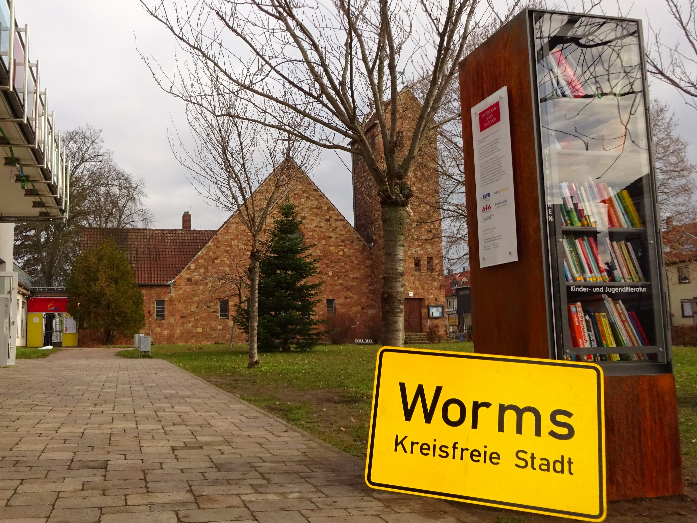 Bücherschrank in Worms